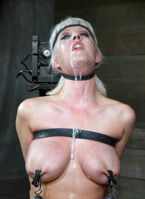 Summers fucking big tits bdsm love